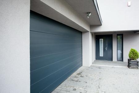 Garagen- & Hofeinfahrtstore